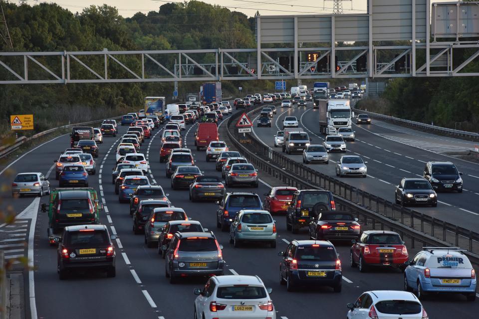 外媒:英国2040年禁售纯电续航里程低于80公里新车