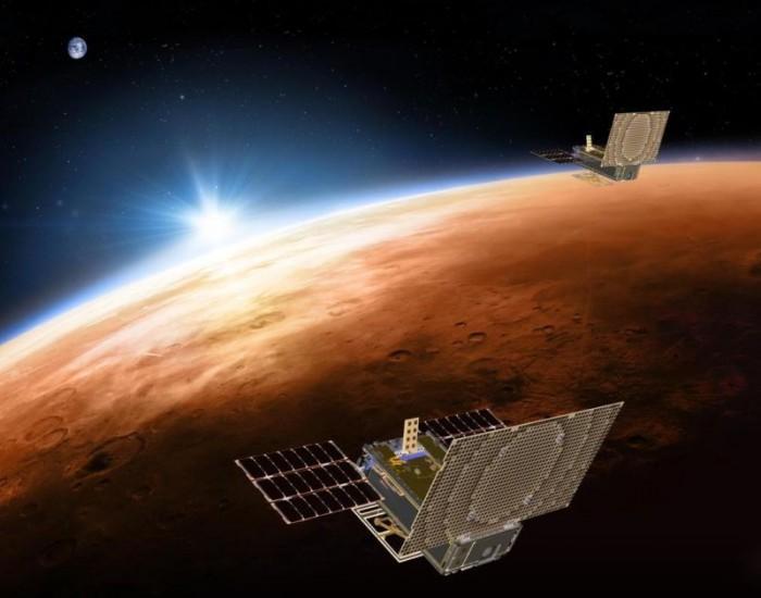 两颗立方体卫星首次飞离地球