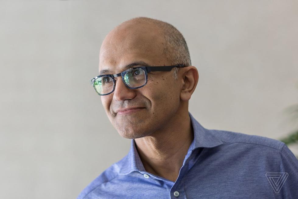 从Windows到智能产品整合 纳德拉的微软如何改变