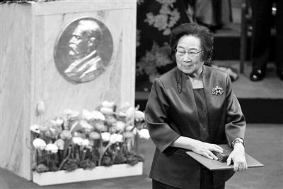 中国科学界:女性撑起半边天 任重道远