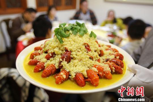 小龙虾横行德国柏林 政府鼓励吃货们大快朵颐(图)