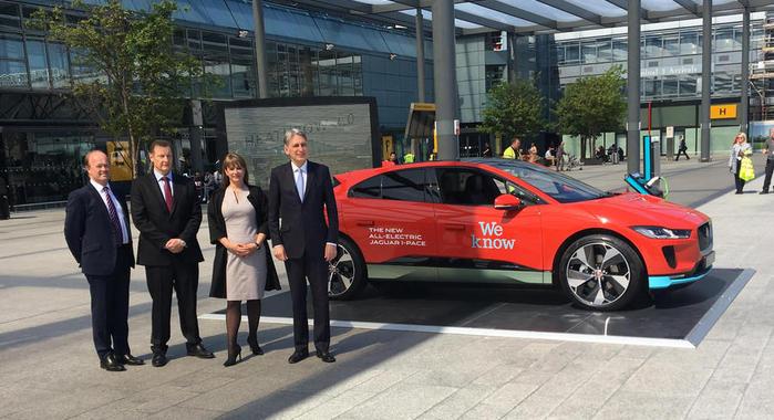 伦敦希思罗机场订购200辆捷豹纯电动汽车 今夏投入运行