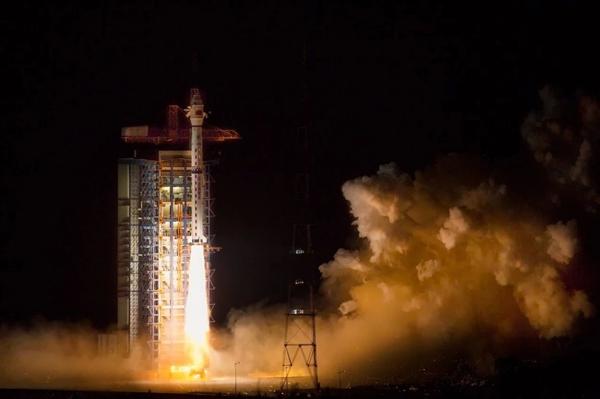 长征火箭274次飞天!我国卫星高分五号发射成功