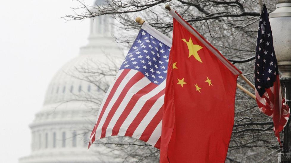 中国砸巨资美国坐不住 白宫邀百位商业领袖讨论AI