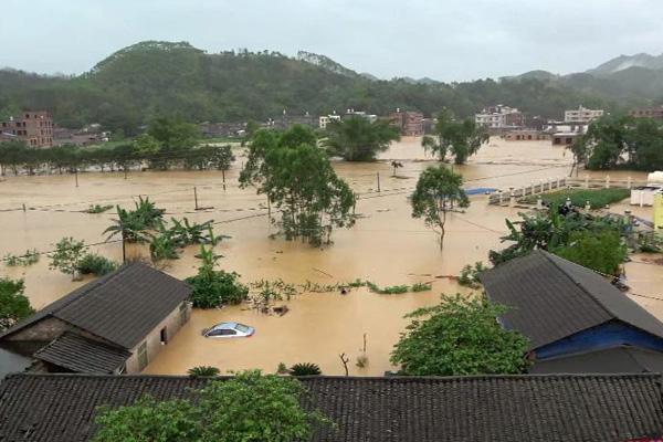 广西多地遭强降雨袭击 7万余人受灾