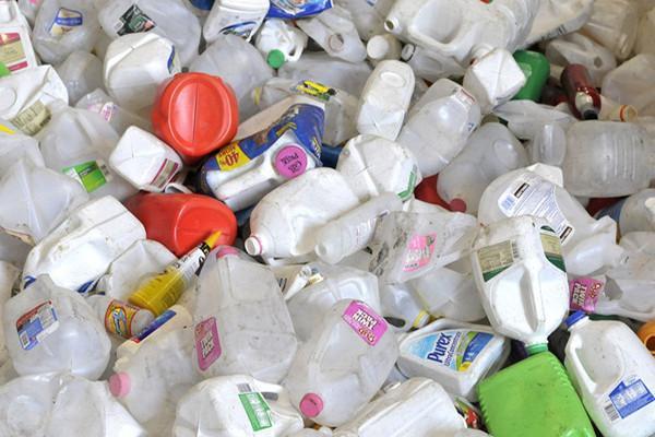 可以无限循环使用的塑料诞生 可制造高价值产品
