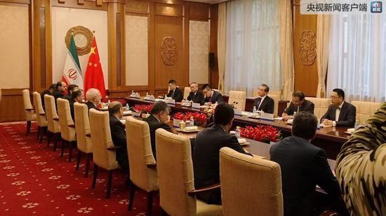 王毅与伊朗外长会谈:努力维护伊核全面协议