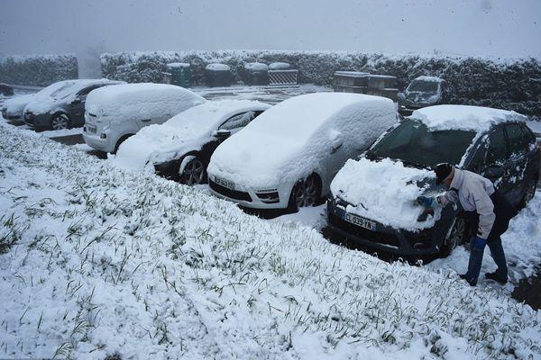 法国五月罕见降雪