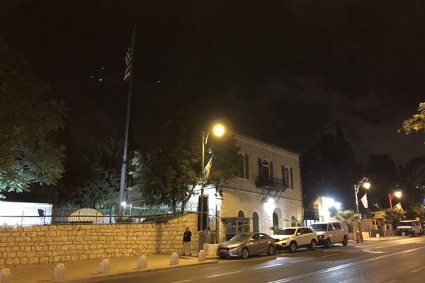 迁址前夜的耶路撒冷美国驻以色列大使馆