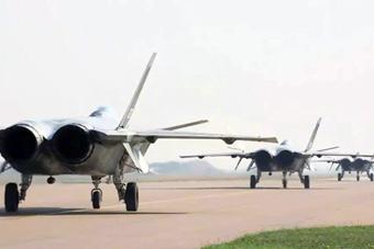 威武!空军最新宣传片 歼20苏35轰6K海上出击!