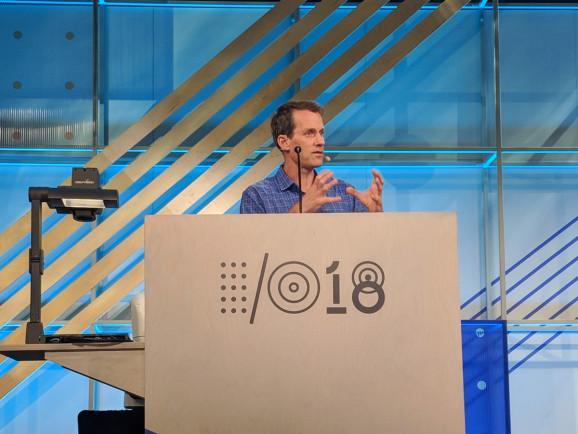 谷歌AI主管谈AutoML的偏见和自动化武器