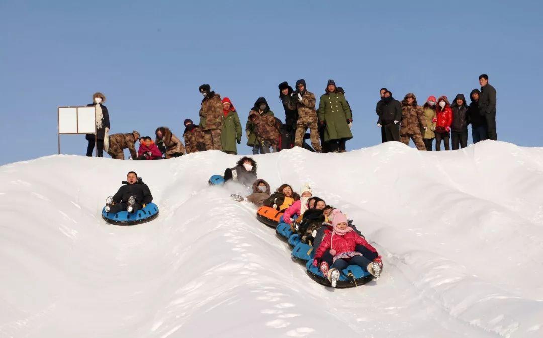 2017年中国冰雪产业达3976亿元 雪场达703家