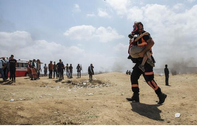 加沙地带冲突:一巴勒斯坦婴儿因吸入催泪瓦斯死亡
