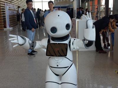 中国机器人2.0时代初现曙光:中高端转型聚力AI 业界正寻找技术突破点