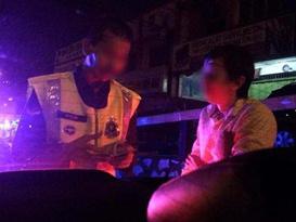 中国孕妇赴大马旅游遇警察勒索 佯装羊水破裂脱险