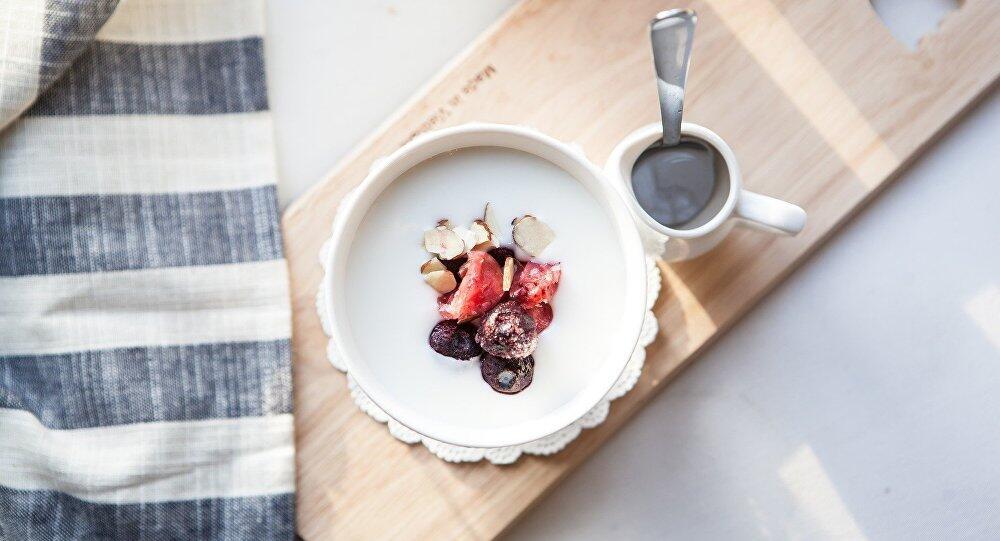 专家:酸奶可缓解与各种疾病相关的慢性炎症