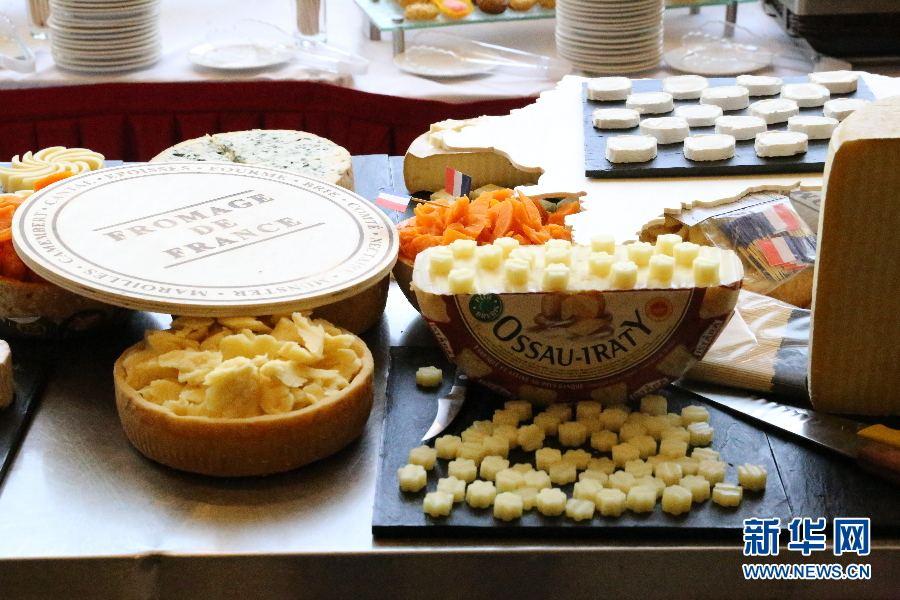法国星级厨师联名疾呼:保护传统卡门贝干奶酪