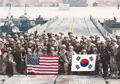 """外媒:韩国扔得掉美国""""保护伞""""吗?"""