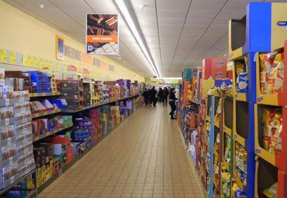 实拍美国穷人超市 便宜到你不敢想象