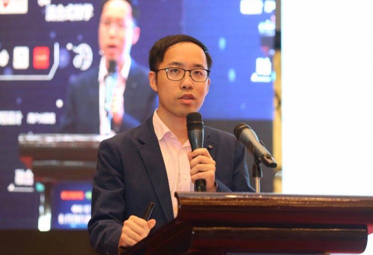 中国在线教育发展峰会开幕 掌门1对1联合创始人余腾受邀发表演讲
