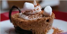 15 种可以在家里做的简单而又美味的甜点