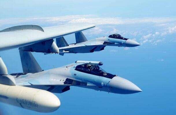 美媒:苏35战机可挂霹雳15导弹 将成美预警机克星