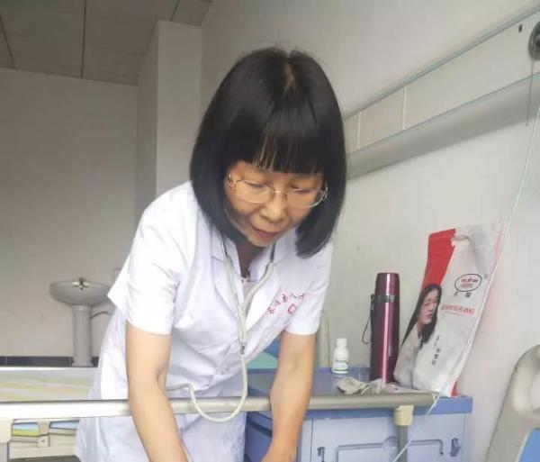 飞机上偶遇突发心脏病患者,浙江一医生全程守护8小时
