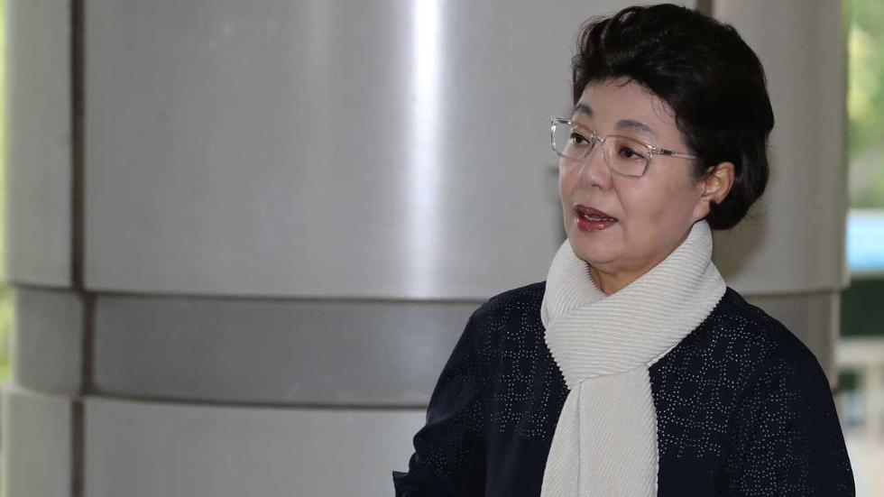 朴槿惠妹妹也获刑了!涉嫌欺诈60万元 判缓刑2年