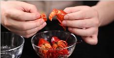 如何快速制作好吃到让你无法自拔的麻辣凉拌小龙虾
