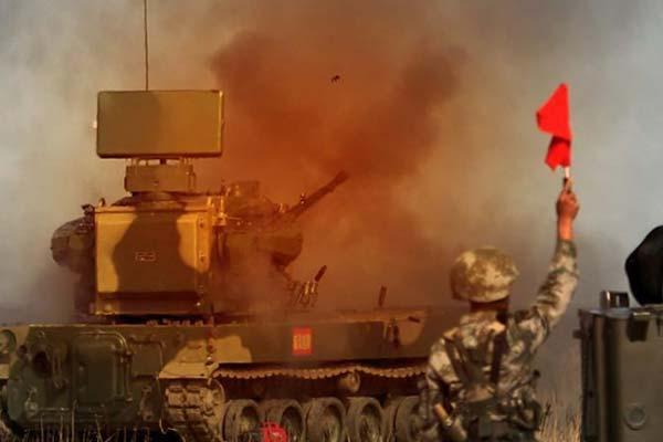 解放军炮兵防空兵夏季大练兵