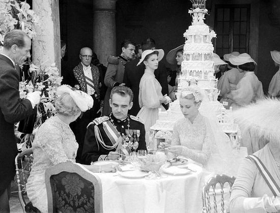 格蕾丝-凯丽与摩纳哥王子雷尼尔三世婚礼蛋糕