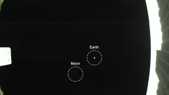 仅公文包大小 卫星飞到离地球290万公里的地方