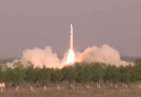 中国首枚民营商业火箭发射 飞行约5分钟