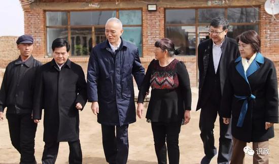 罕见!北京书记市长一个月四次离京