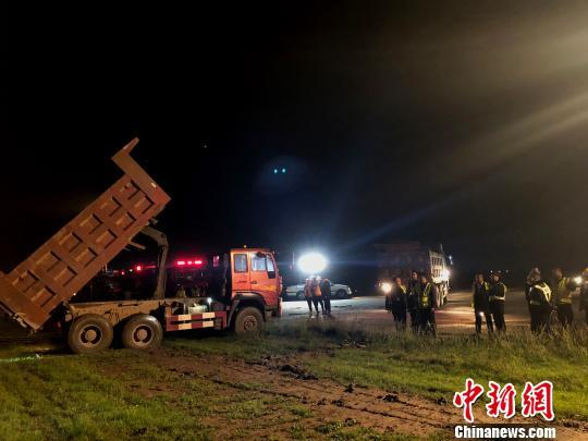 扬州泰州机场恢复运营 受损公务机被拖至指定停机位