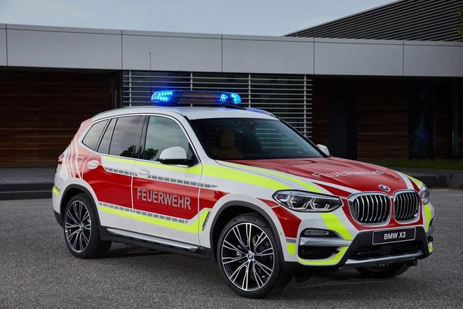 宝马6款特种概念车亮相国际急救装备展览会