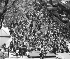 韩国爆发最大规模女性示威活动