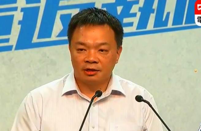 国民党台南市长初选高思博胜出 将对决民进党黄伟哲
