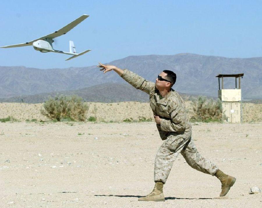 步兵营千里眼: 为何我军很排斥四轴飞行器,喜爱手抛式无人机