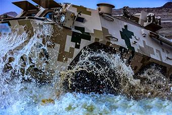 国际军事比赛在即 部队备战热火朝天