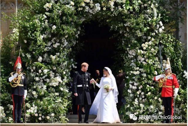 哈利王子大婚上的宾客那么会穿,你怎么还那么随便去好友婚礼?
