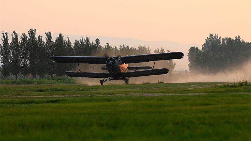 河南计划飞播造林26万亩 大型无人机精准飞播攻克造林困难地