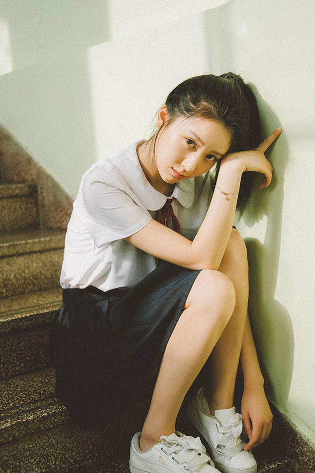 花季少女漾 王子璇全新写真清雅动人