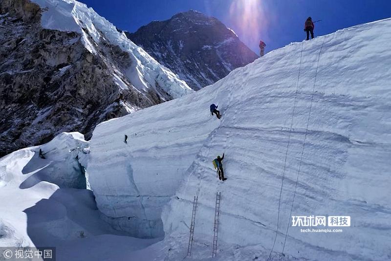 4名爬山爱好者代表问答网站ask.fm在珠峰埋下50万代币。