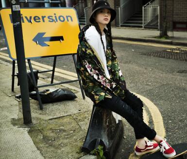 欧阳娜娜:爱上她的滑板鞋
