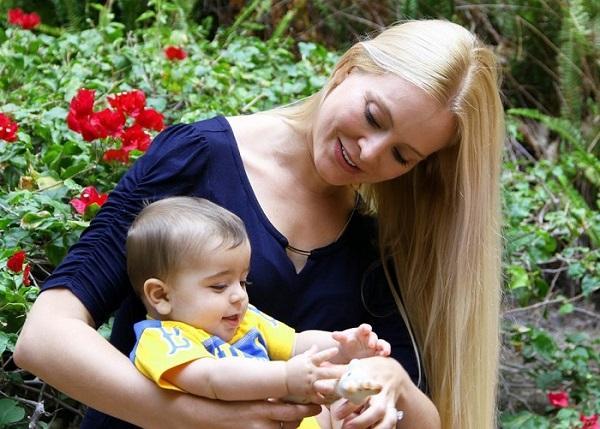 听力障碍家长福音 这款翻译软件可听懂婴儿哭闹
