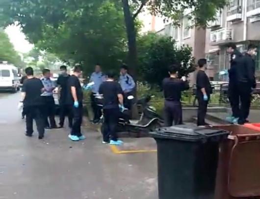 上海一居民家中传出异味 一名独居老人身亡