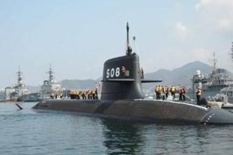 日本最先进苍龙级潜艇训练误射鱼雷诱饵