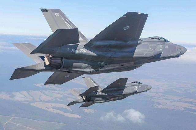"""""""全球最贵""""战机F35实战首秀 作战能力所向无敌?"""