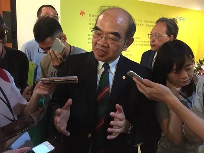 吴茂昆面对媒体问询装傻回应 网友讽去医院